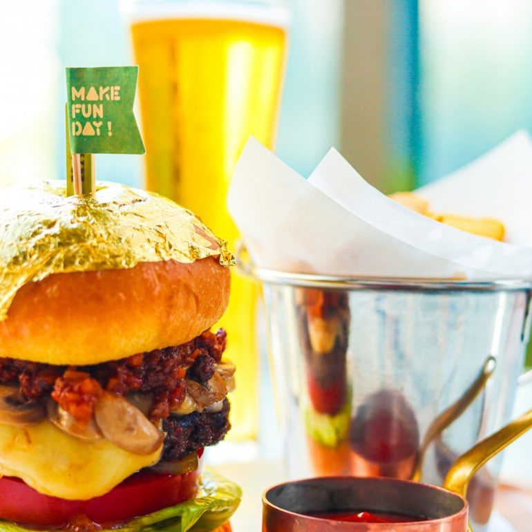 fathers-day-special-golden-wagyu-burger-set