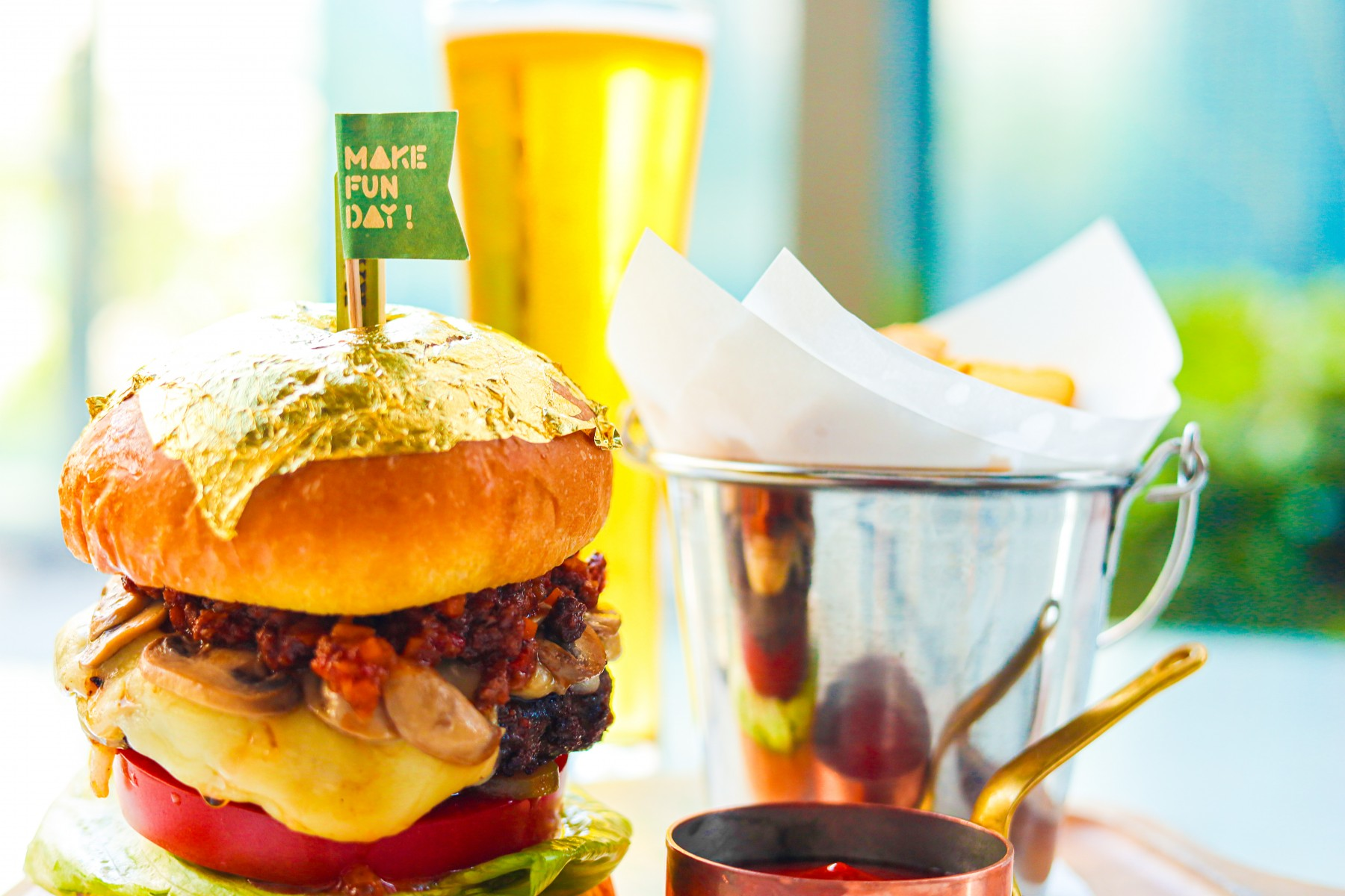 Father's Day special Golden Wagyu Burger set!
